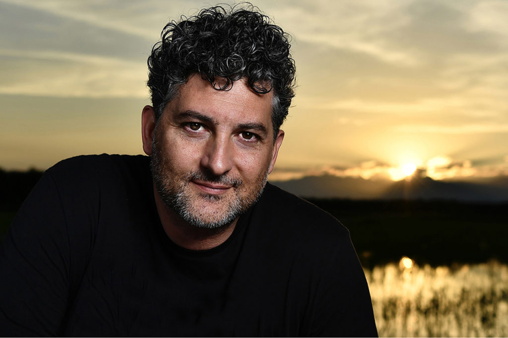 Luca Finessi, fotografo e fondatore di Studio27, studio grafico-editoriale di Novara.