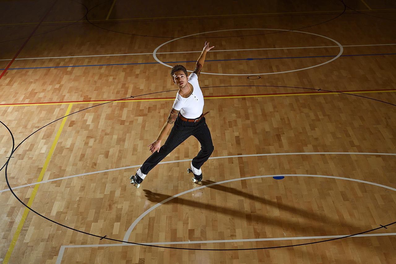 Fotografia sportiva. Il pattinatore Luca Zanchetta durante un allenamento. Foto di Luca Finessi e Guido Leonardi.