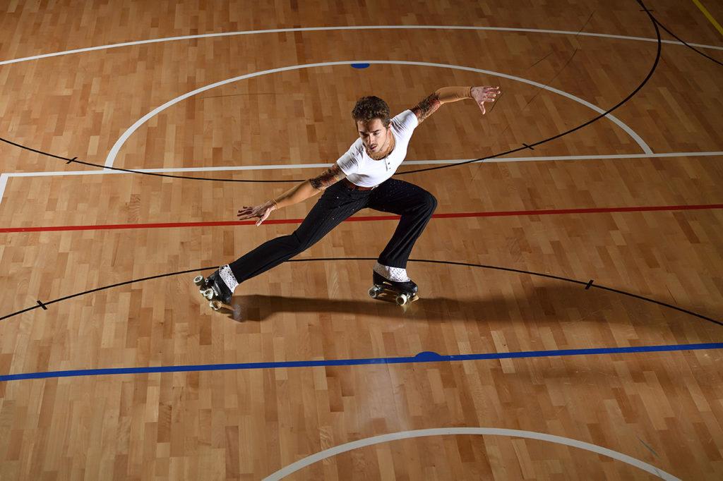 Fotografia sportiva. Il pattinatore Luca Zanchetta durante un allenamento. Foto di Luca Finessi.